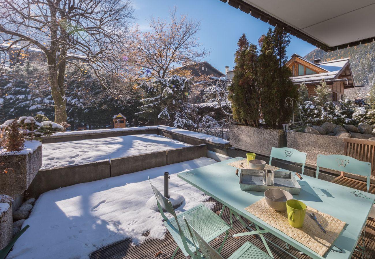 Apartment in Chamonix-Mont-Blanc - Appartement au pied des pistes - Chamonix